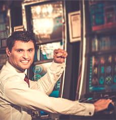 Jugar Por Dinero Real Tragaperras en los Casinos Online